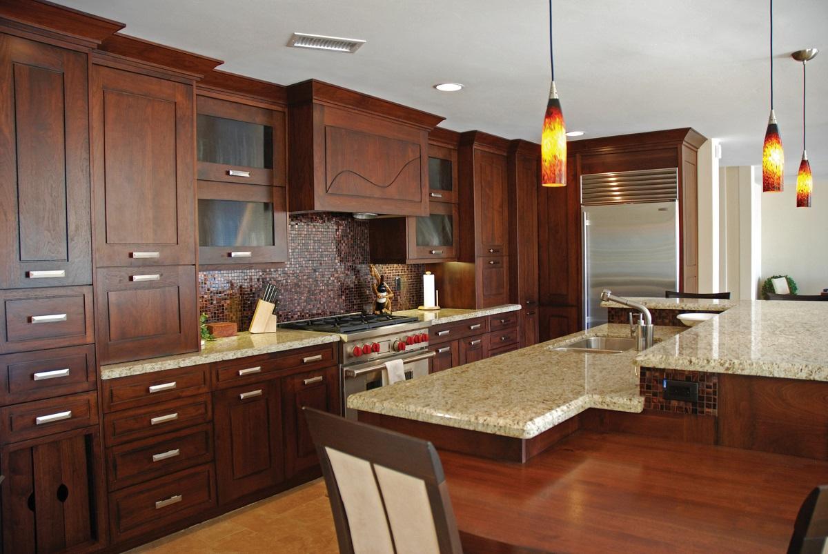 meble kuchenne wykonane z drewna dębowego