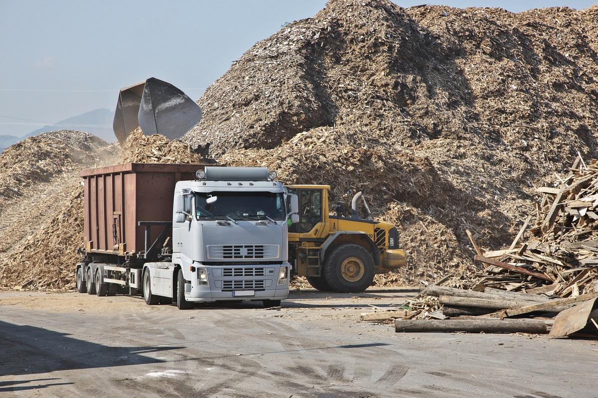 biomasa powstała w wyniku recyklingu drewna w tartaku