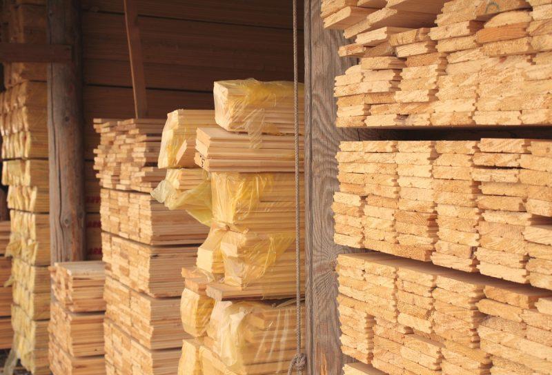 suszenie tarcicy wyprodukowanej przez podlaski tartak