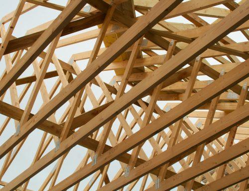 Elementy więźby dachowej powstające w tartaku: od A do Z